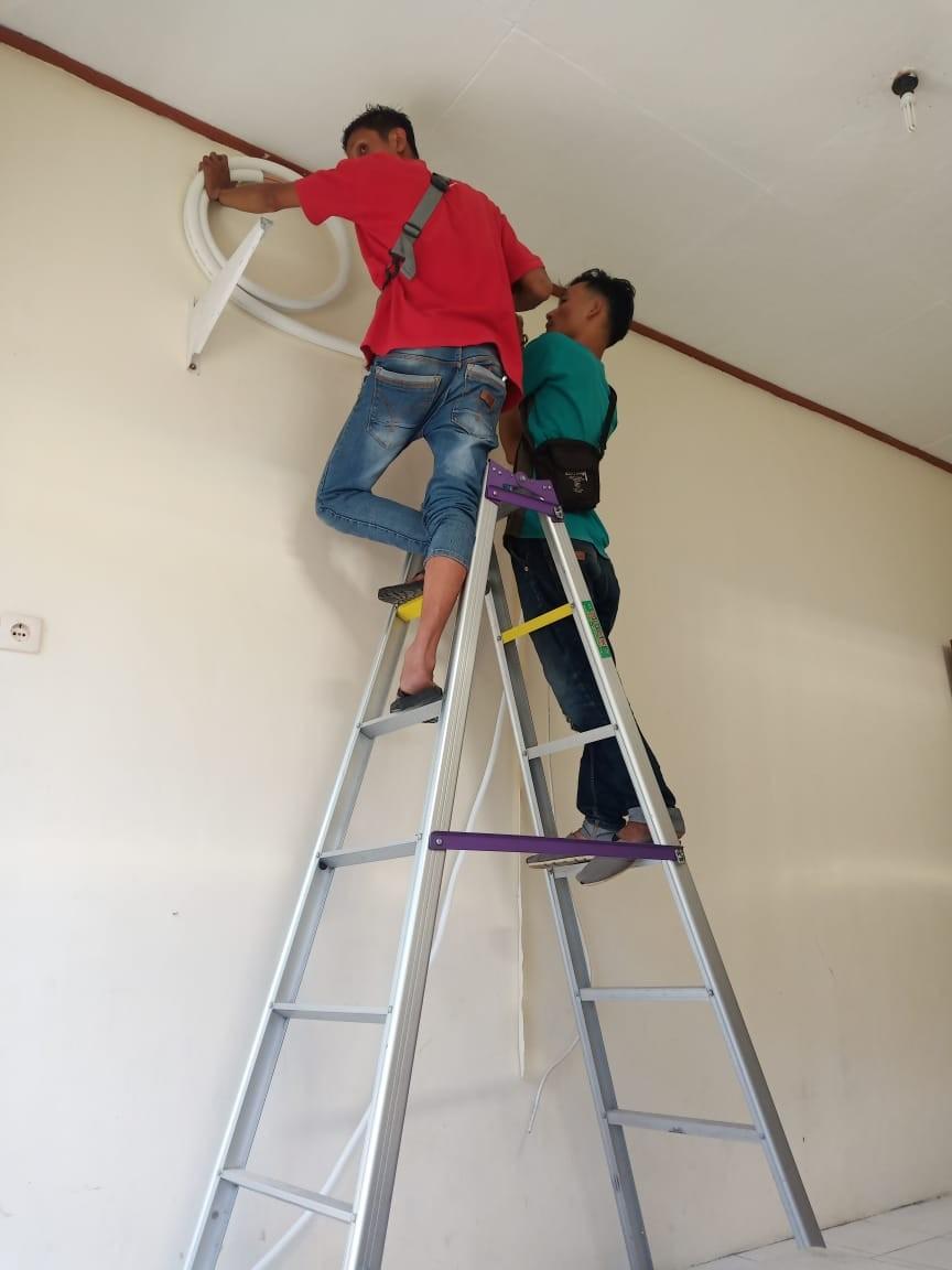 Service AC Yogyakarta FAMILY SERVICE AER CONDITIONER