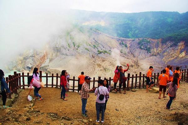 Gunung Tangkuban Perahu Bandung