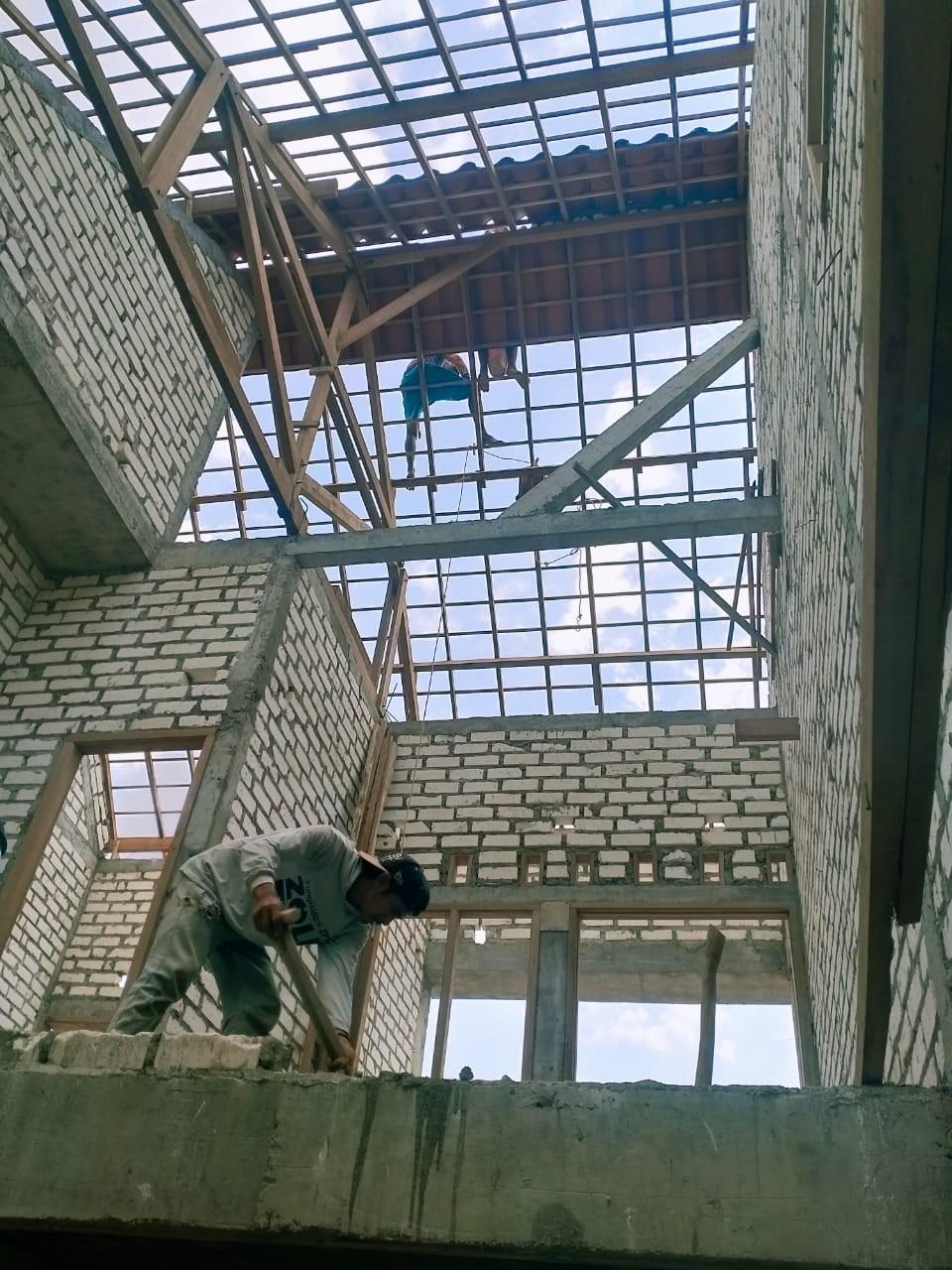 Jasa Renovasi Bangunan Pasang Plafon Dan Tukang Cat Tuban   UD MITRA USAHA MANDIRI