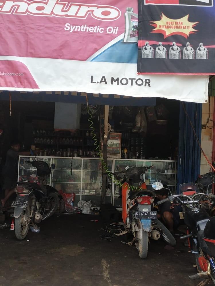 LA Motor Sangatta utara