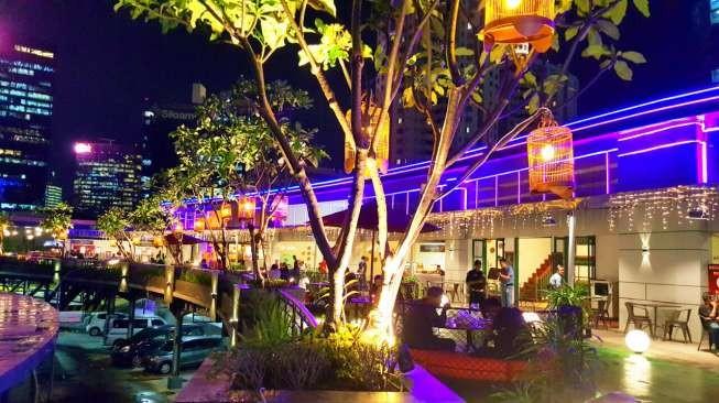 Profil Plaza Semanggi