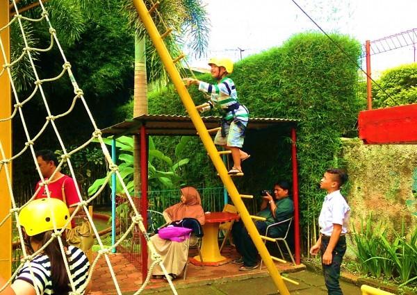 Rumah Sosis Lembang Bandung