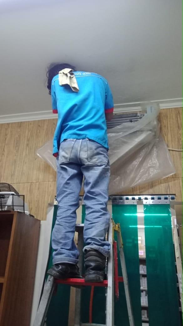 SERVICE AC CILEBUT BOJONG GEDE CIBINONG BOGOR AKS PUTRA TEKNIK