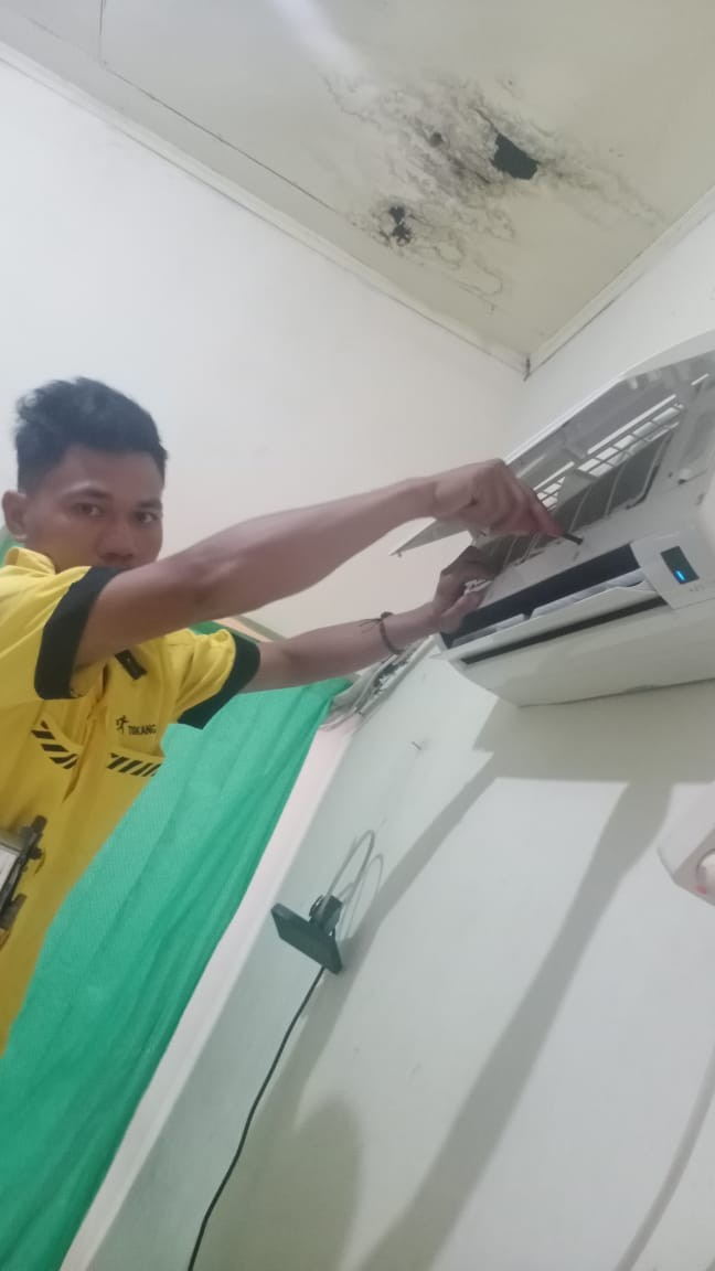 Service AC Jakarta Selatan ADI JAYA ELECTRONIK