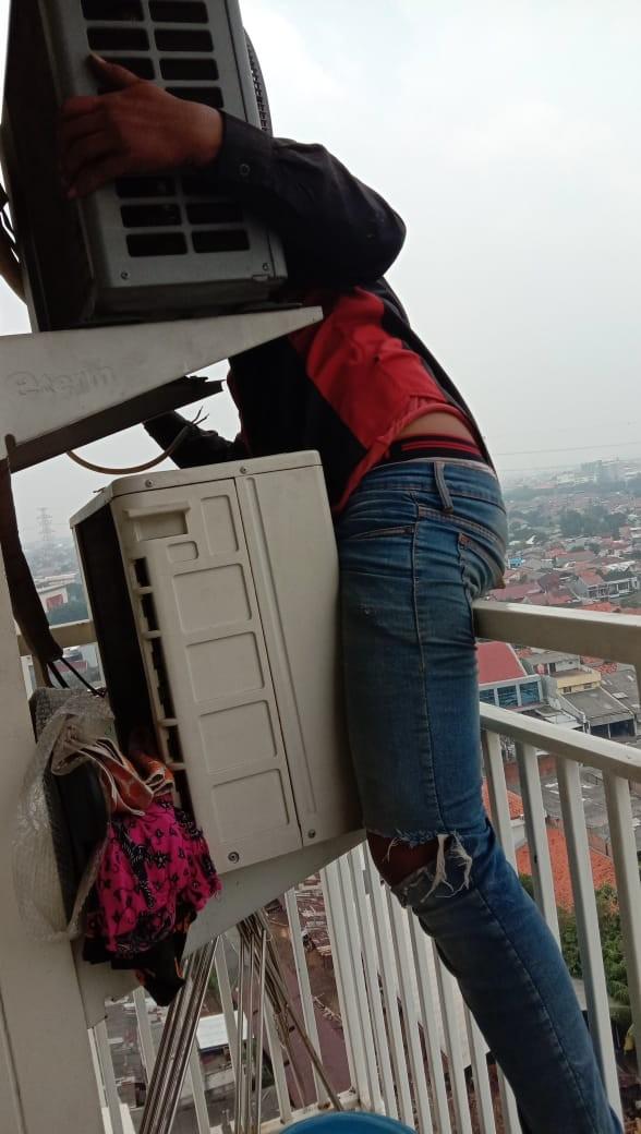 Service Ac Jakarta Utara SUMBER REJEKI TEKNIK