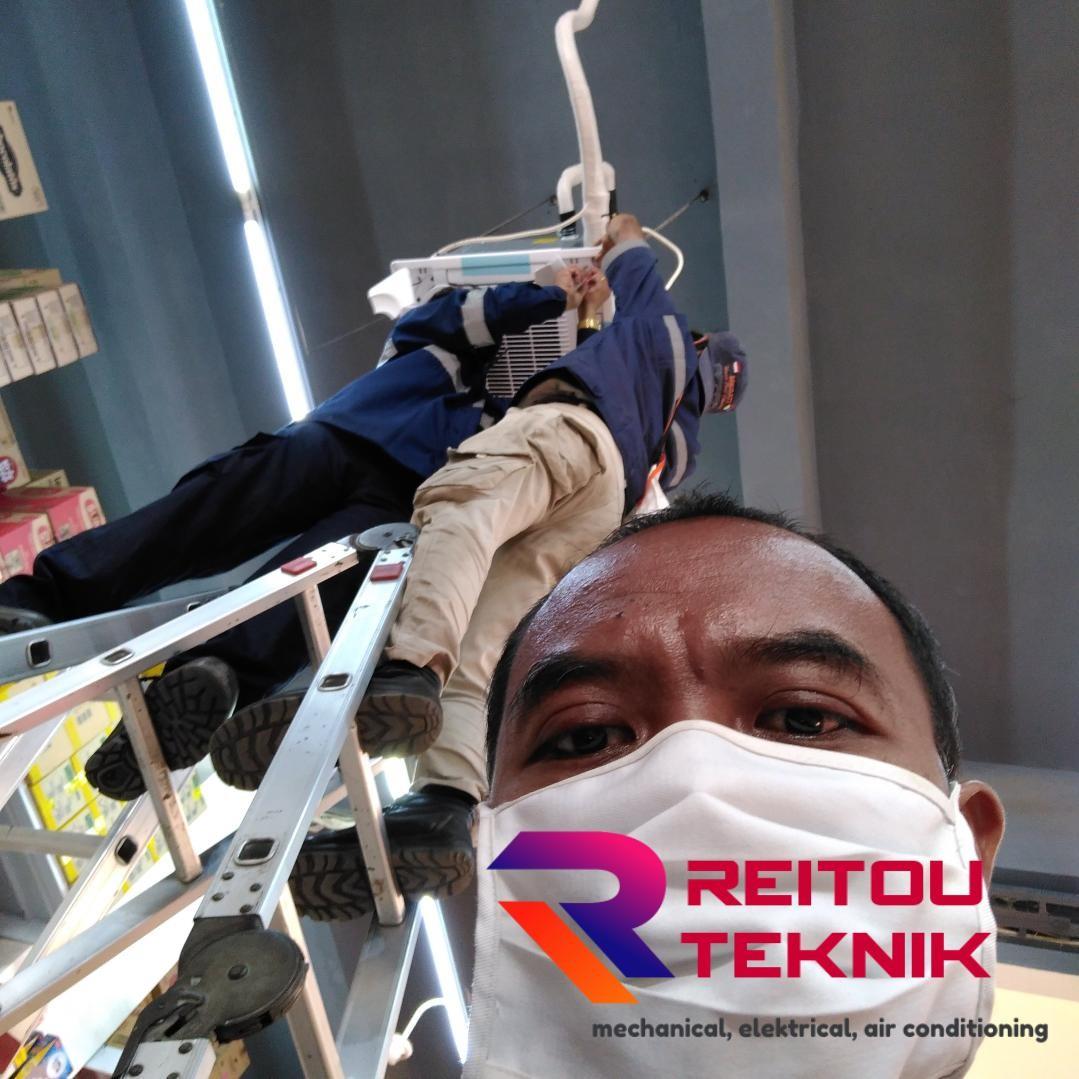Service AC Karawang REITOU TEKNIK