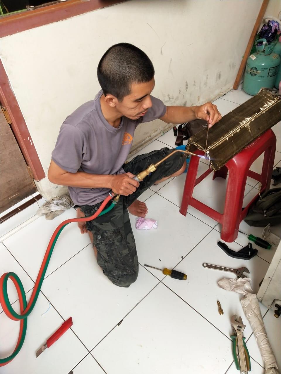 Service AC Kota Tangerang JONI COOL TEHNIK